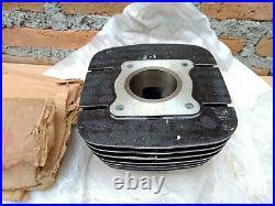 Genuine Nos Suzuki Gp125 Cylinder Barrel Block Jug