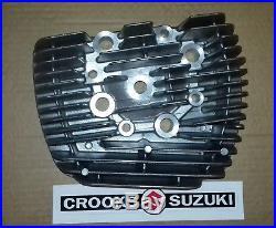 NOS 11111-15601 Genuine Suzuki T500 / GT500 Right Hand Cylinder Head