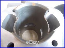 NOS OEM Suzuki Left Cylinder 1969 T20 TC250 11220-11600