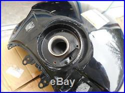 NOS Suzuki GSX1300BK B-KING OEM GAS TANK FUEL PETROL RESERVOIR 44100-23H20-019