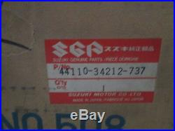 NOS Suzuki OEM Gas Tank Fuel Tank 1982 GS650 GS650GT GS650GTZ 44110-34212-737