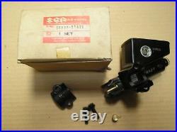 Suzuki GSXR GSXR1100 GSXR750 clutch master cylinder assy 59800-27A20 genuine NOS