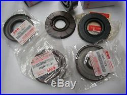 Suzuki Gt750 nos crank seal and main bearing set 1972-1977