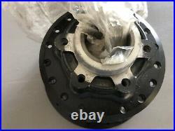 Suzuki RM125 RM100 TS100 TS125 TS185 1975 1976 Rear Wheel Hub 64110-38001 N. O. S