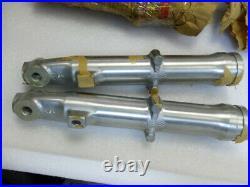Suzuki RV90 Fork Outer Tube L/R NOS RV90 L/M/A/B Front Fork Cover 51130-27681