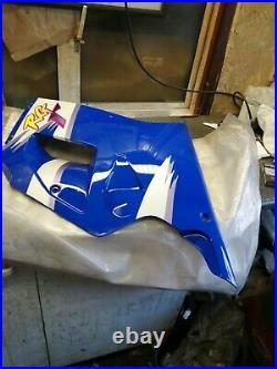 Suzuki Rg 125 R Gamma right hand Fairing nos 9440719dd01le 94407-19dd0-1le