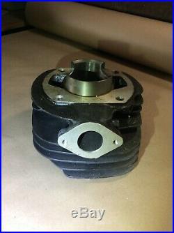 Suzuki Tm250 Tm 250 Cylinder Jug Oem Nos 11210-30100